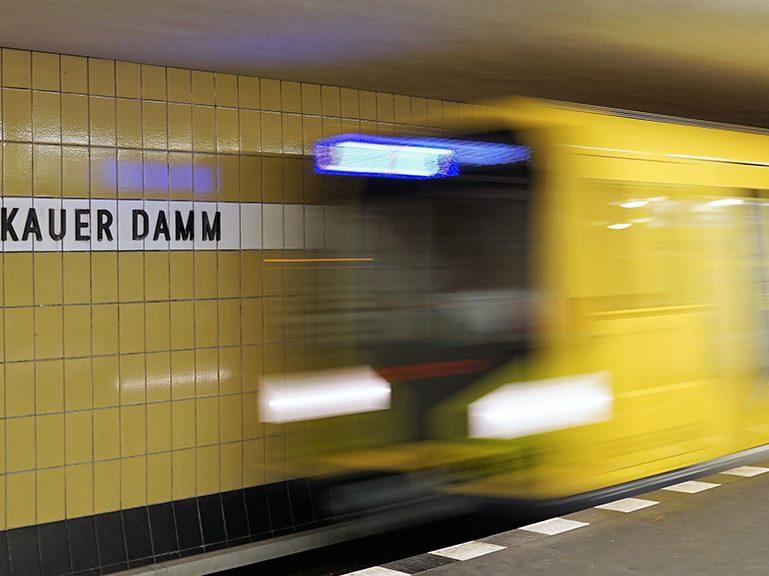 U7: Kein Halt am Zwickauer Damm