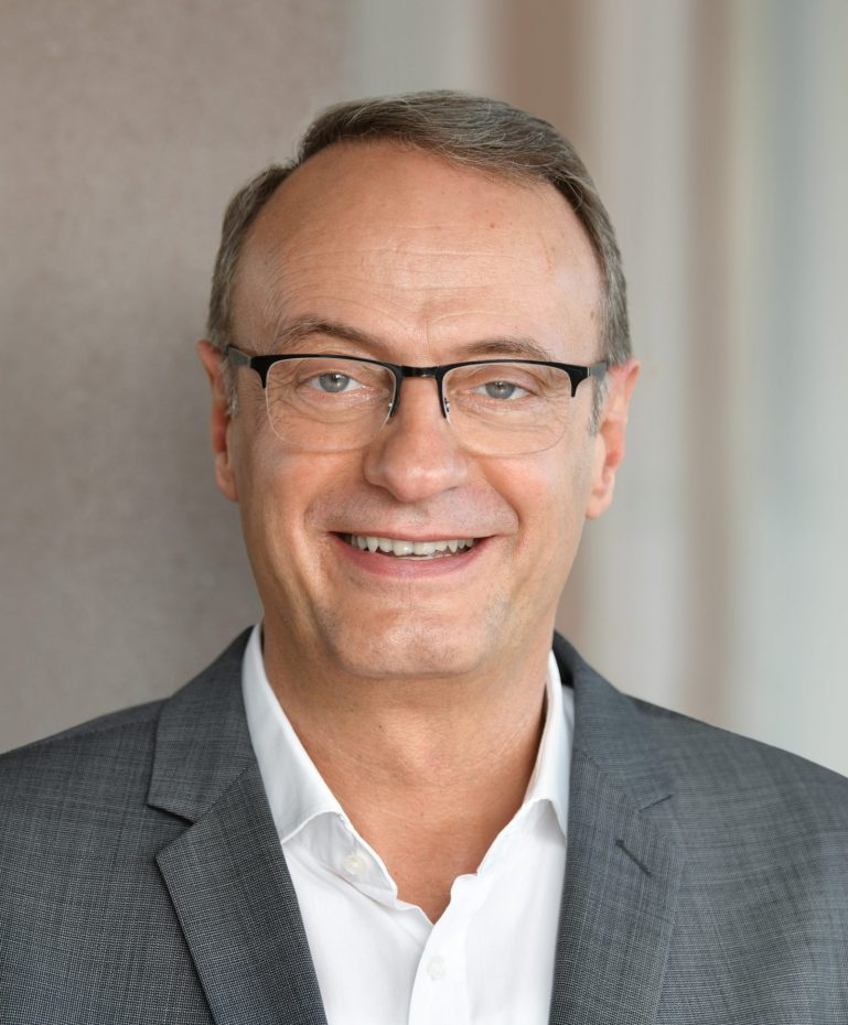 Dirk Schulte has been management board member for human resources and social affairs at the BVG since February 2015.