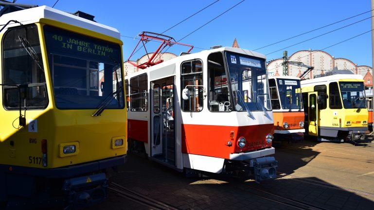Neue Strecke, Tram der Zukunft, alte Tatras